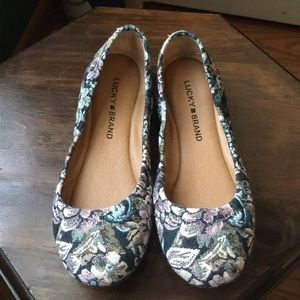 Lucky Brand navy floral flats